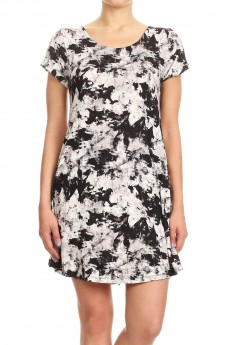 BLACK/WHITE ABSTRACT PRINT SHORT SLEEVE A-LINED DRESS W/ BACK STRAP#8DS17-01