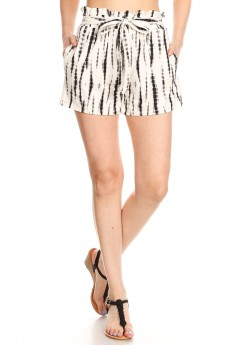 WHITE/BLACK ABSTRACT PRINT PAPERBAG SHORTS W/ SASH#9SH06-TD03