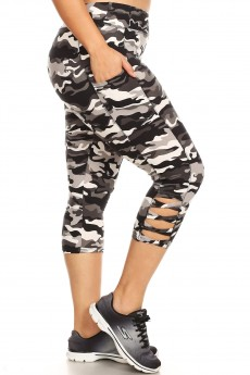 PLUS BLACK/WHITE/GREY CAMO PRINT SIDE CROSS STRAP PANEL CAPRIS W/ PKTS#X9CP04-CM02