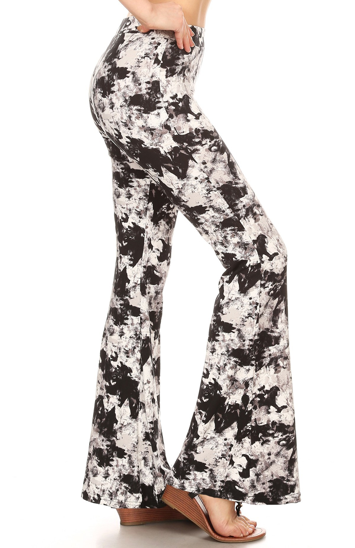 BLACK/WHITE ABSTRACT PRINT BRUSH POLY FLARE PANTS#8FP01-02