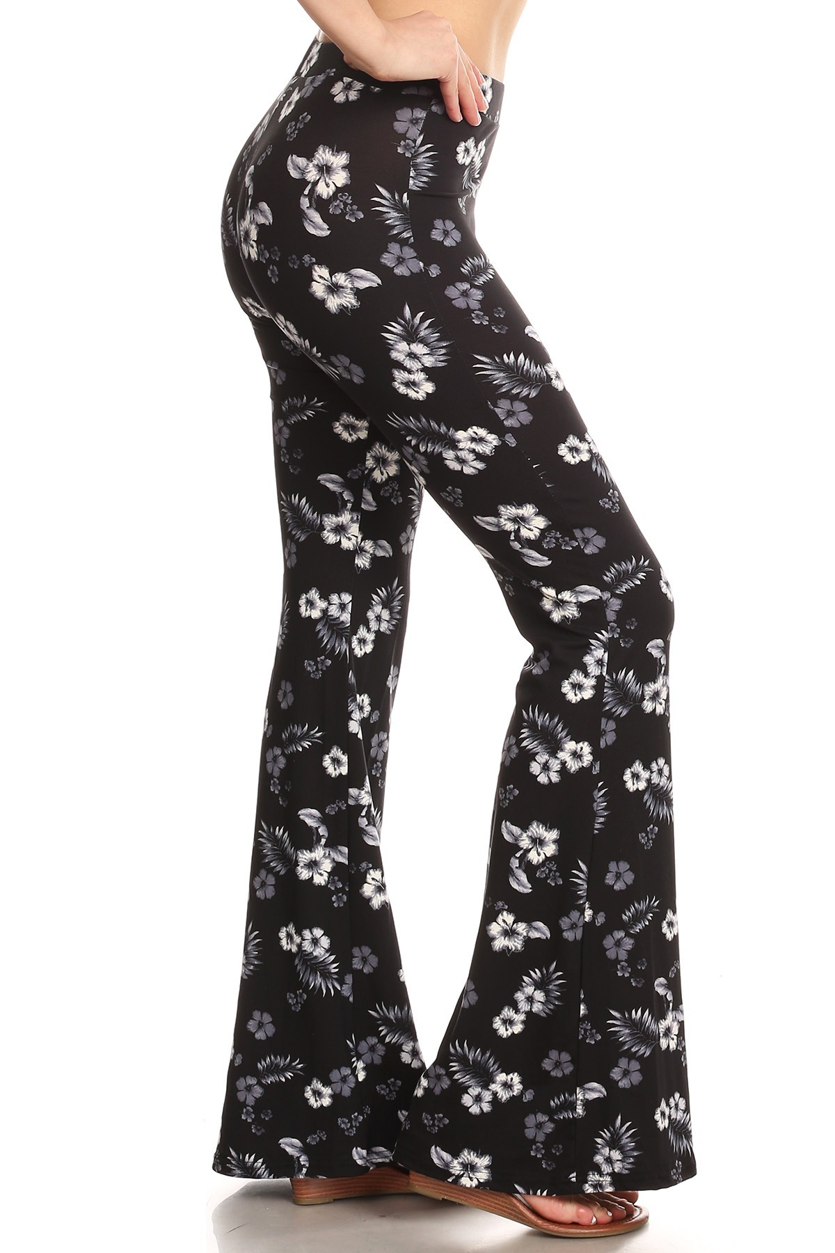 BLACK/GREY/WHITE TROPICAL PRINT BRUSH POLY FLARE PANTS #8FP01-35