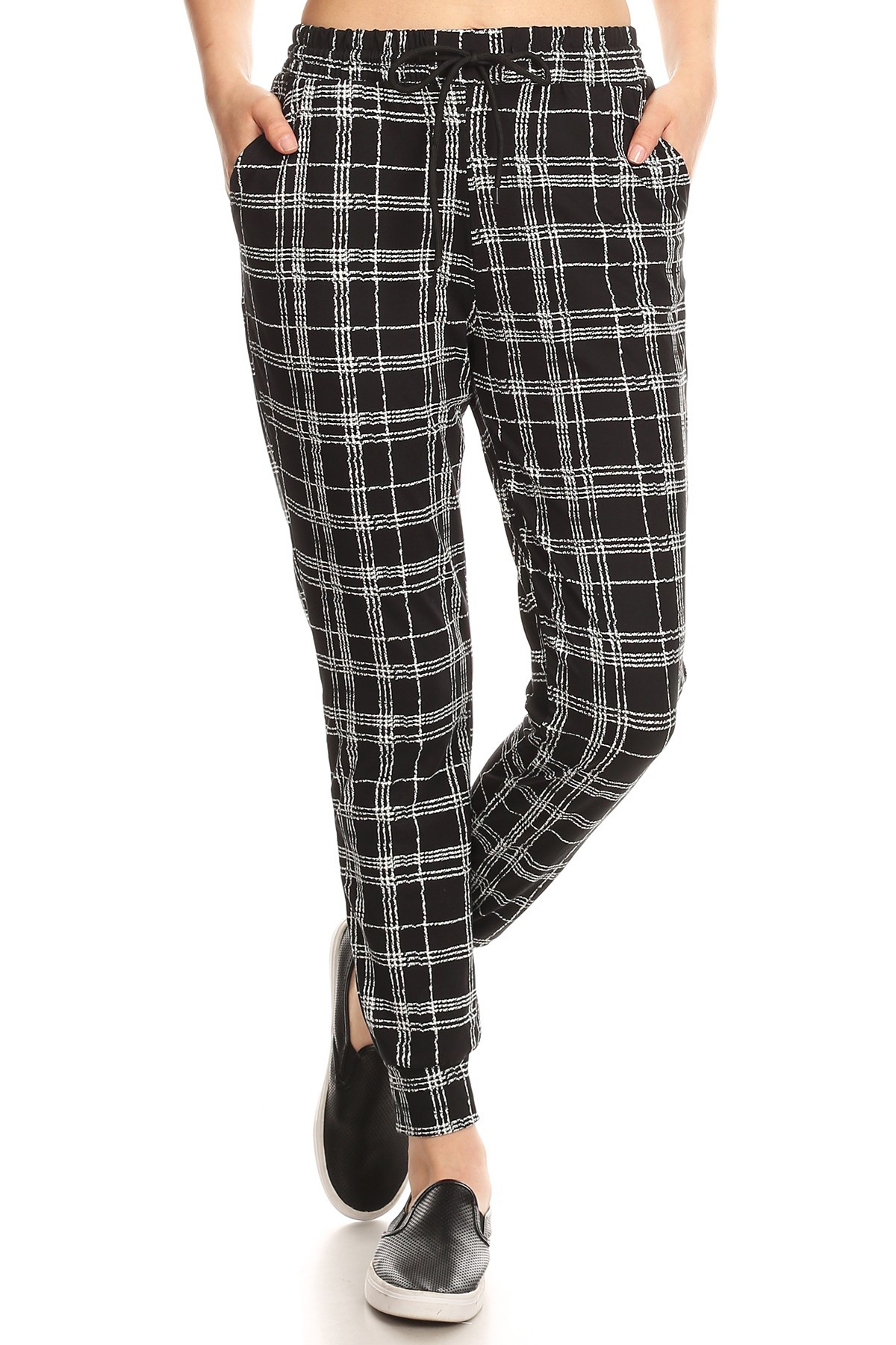 BLACK/WHITE PLAID PRINT JOGGER WITH SHOE LACE TIE#8TRK36-06