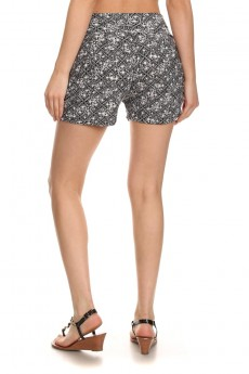 BLACK/WHITE WALLPAPER PRINT HAREM SHORTS #7SH11-16