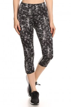 BLACK/GREY ABSTRACT ANIMAL PRINT CAPRIS W/ REFLECTION PANELS #A6CP10-01